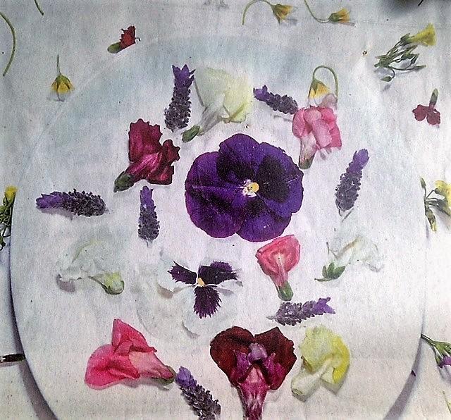 Edible Flowers Class image-1
